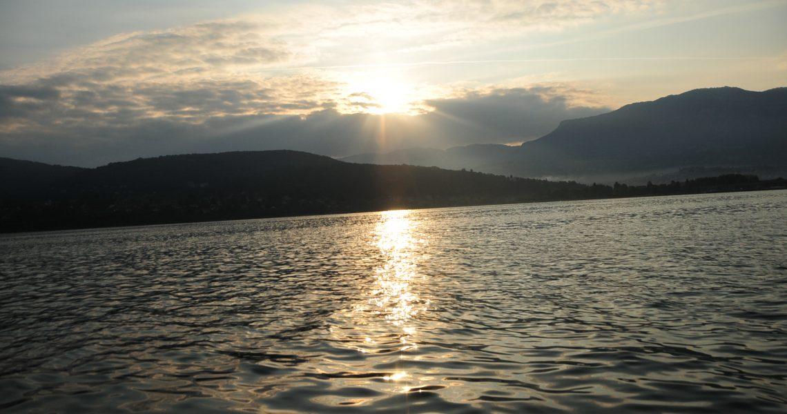 lever de soleil lac du bourget